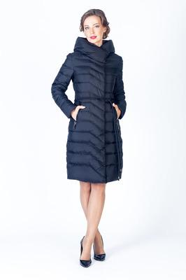 Черное пальто с воротником стойка и поясом