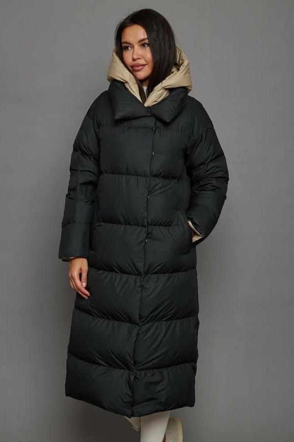Пуховик женский приталенный с капюшоном